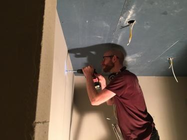 Hul i væg
