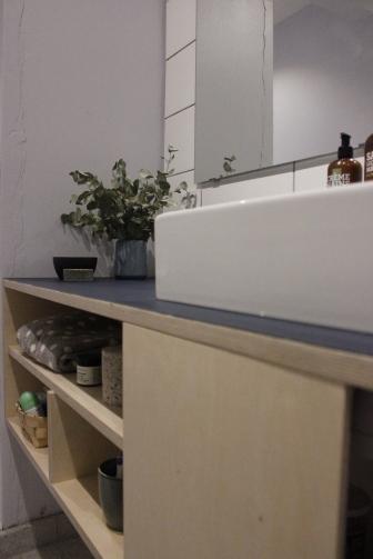 Badeværelsesmøbel