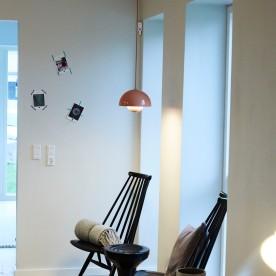 Kaffe hjørne + Verner Panton lampe
