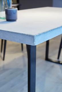 Nærbillede af spisebord