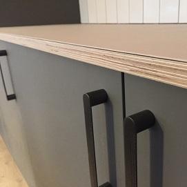 Detaljer af bordplade
